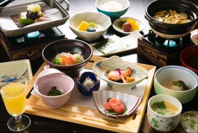 高山の郷土料理を味わう和朝食でエネルギーチャージ
