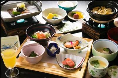 美味しいごはんとごはんに合うおかずの和朝食を満喫